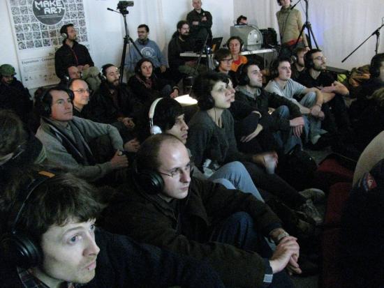 Placard's concert, make art 2009