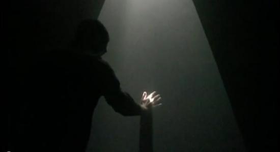 Ernesto Klar's Relational Lights