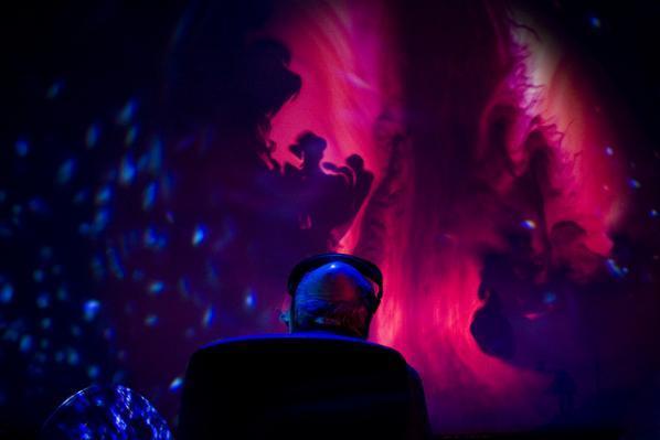 Joshua Light Show ft Oneohtrix Point Never, transmediale 2k+12 © Genz Lidner