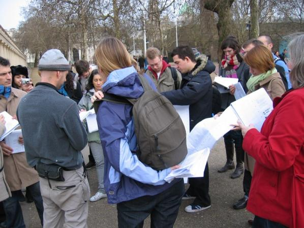 identity_orienteering_competition_piccadilly_circus_heath_bunting02.jpg