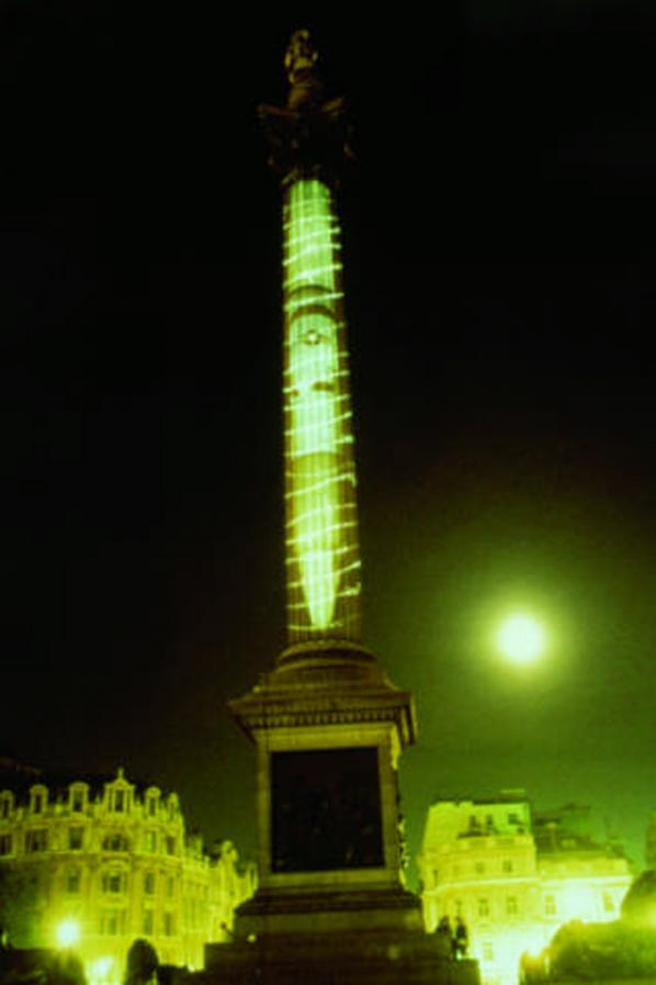 Krzysztof Wodiczko, City Projections – Nelson's Column , 1985